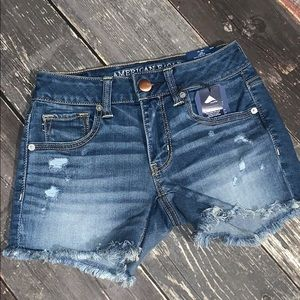 American Eagle midi low rise jeans shorts size 0